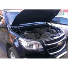"Амортизаторы (упоры) капота ""A-Engineering"" для Chevrolet TrailBlazer II 2012-2017. Артикул KU-CH-TB02-00"